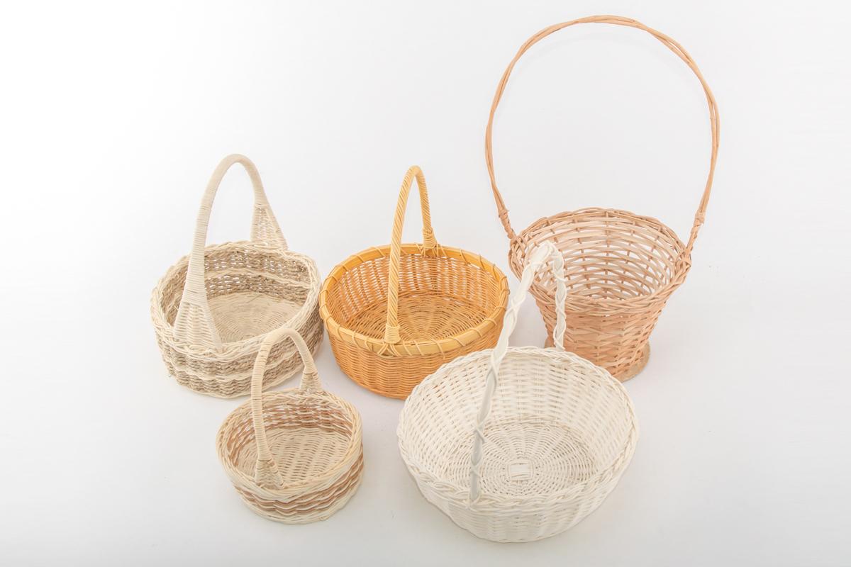 5 корзин плетенных из лозы, круглые, разного размера